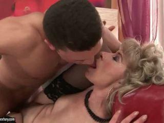 kissing, old, grandma