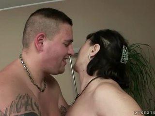 plezier hardcore sex neuken, heetste orale seks neuken, gratis zuigen