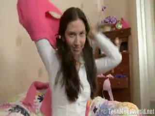 euro porn, beste hete brunette porno, ideaal girl showing her clit klem