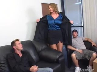 Kayla quinn, donny pitkä ja john esposito