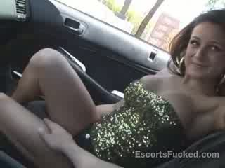 Real street Escort picked up in a car for a Blow Job on the way to the motel