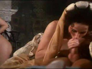 Karališkas orgija su krūtinga hottie sarah jaunas