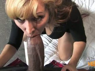 Nicole Moore Milf Do Dark Orall Service In Front Of Her Son