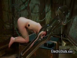 Gagged 毛深い プッシー ブルネット ベイブ ファック とともに wired ストラップオン コック