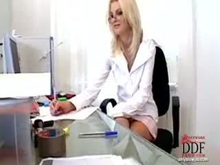 Wiska doing গরম কঠিন পরিশ্রম