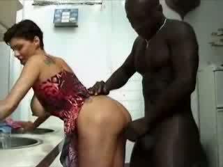 Lielas skaistas sievietes france mājsaimniece haviing sekss ar afrikāņu dzimumloceklis video