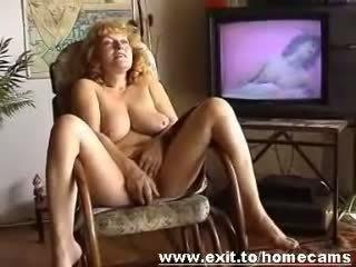 Frida 55 years od avstrija masturbates pri
