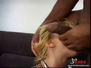 plezier brunette porno, vol pijpen, nominale blow job
