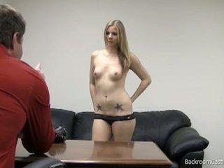 Білявка stripper трахкав в гаряча кастинг
