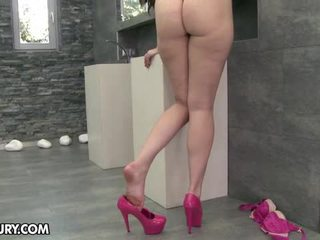 hottest eat her feet vid, hot foot fetish mov, free sexy legs scene