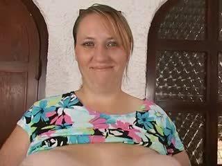Momen & henne massiv enormt saggy klantskallar