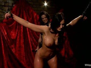Oustanding boobed כוכבת פורנו phoenix marie has מוענש על ידי bobbi starr
