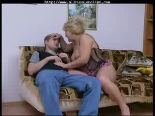 Veľký krásne žena ruské vyzreté rosemary ruské spunk shots prehltnúť