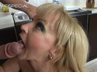 Mature Babe Has Butt Hole Made Love