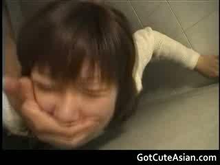 Publike tualet japoneze qij