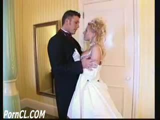 michelle thorne as titney spheres in the wedding