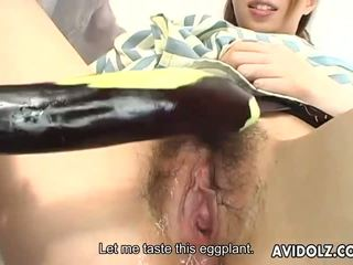 日本語 dolly tomoe hinatsu sucks 和 fucks