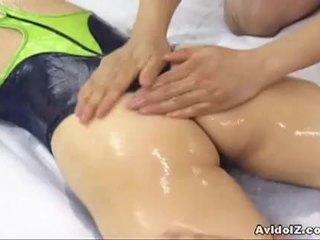Chutné japonské pobehlica hinano shirosaki massaged a fucks two cocks