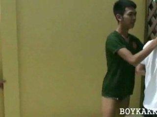 Tailandez poponar futand in 3