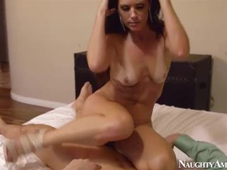 Spicy Mature India Summer Shag Onto Naughty America