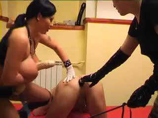 heet grote borsten actie, femdom scène