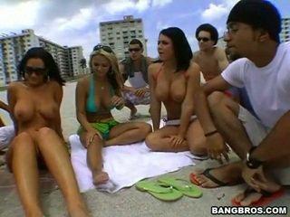 meer groepsseks kanaal, strand porno, gratis mooie tieten film