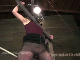 controleren brunette film, vers fucking machine, vers plassen thumbnail