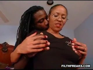Jeanie And Lil Coco Incredible Sex