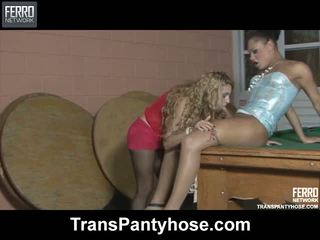 Andressa julia transexual ciorapi video