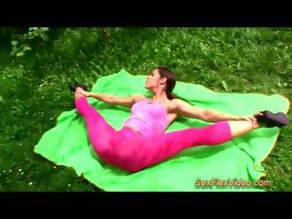 Cute flexi contortionist kurang ajar in alam