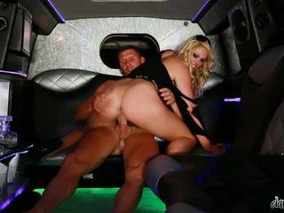 nominale brunette actie, hardcore sex, meer grote lul kanaal