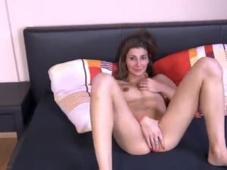 meer brunette