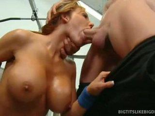 Nikki sexxx wraps lips körül kövér fasz getting throat szar mély