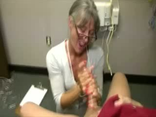 Busty cougar is poundings guy pud
