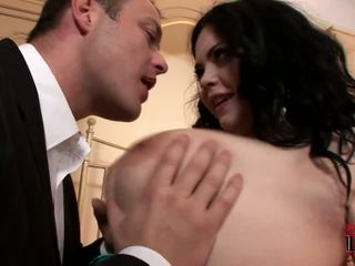 Fatty og lubben prostituert surprises henne klient i den hotel rom.
