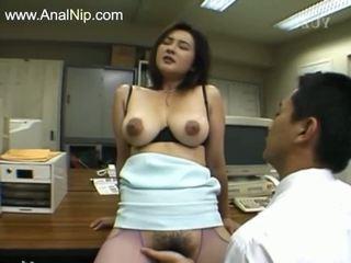 Perfektné chlpaté anál sex od kórejské