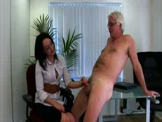 Gorące ubrane kobiety i nadzy mężczyźni biuro babes