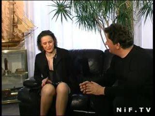 Μαλλιαρό γαλλικό μητέρα που θα ήθελα να γαμήσω σε εσώρουχα πρωκτικό πατήσαμε