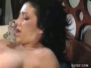kuiken scène, poema neuken, huisvrouwen porno