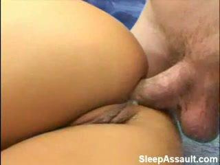 Loira fodido em dela cu enquanto a dormir