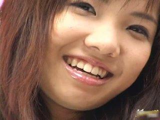 Teen asiatisch mieze masturbieren