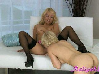 Aaliyah Love Lesbian Babe Do Cunt Licking