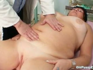 Elder amateur woman weird gyno clinic exam