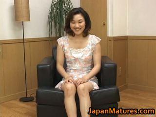 Knull äldre asiatiskapojke kvinna