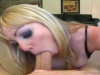 Adrianna nicole sucks two cocks 한 권리 후 그만큼 다른
