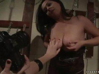 פילגיש punishing חזה גדול סקס עבד