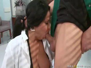 Volný velký wobblers getting screwed na the tělocvična