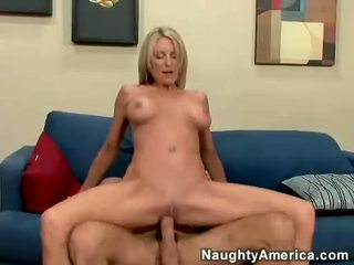 Emma Starr Can't Live Without The Smack Of New Load Of Cum