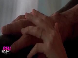 Erotický výkon kolem angelina jolie