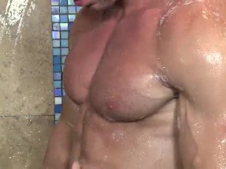 Beau Warner Flexes His Biceps And Triceps During Tthat Guy Time That Pounding His Large Thick Piece Of Meat. This Large Hard Muscle Jock Is All About Receiveting Off.